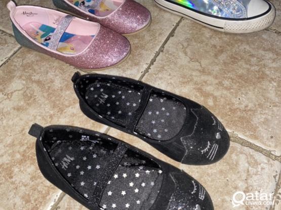 Girl shoes throw away price
