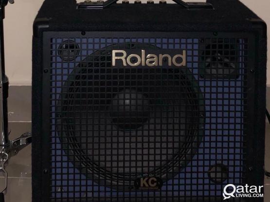 Roland Speaker/ Roland KC 150 Amp
