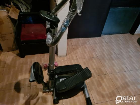 SELLING MULTI FUNCTION STEPPER  WITH TWISTER