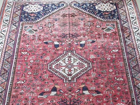 Silk and wool blend carpet