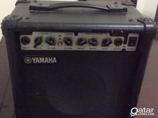 Yamaha GA15 GUITAR/KEYBOARD AMPLIFIER
