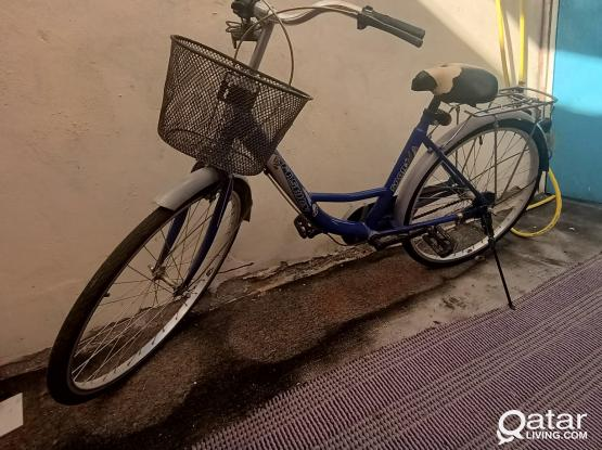 Ladies bicycle in good condition