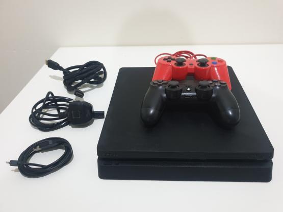PS4 Slim 500 gb + 1 controller