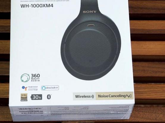 Sony Headphones WH1000XM4 (BRAND NEW)