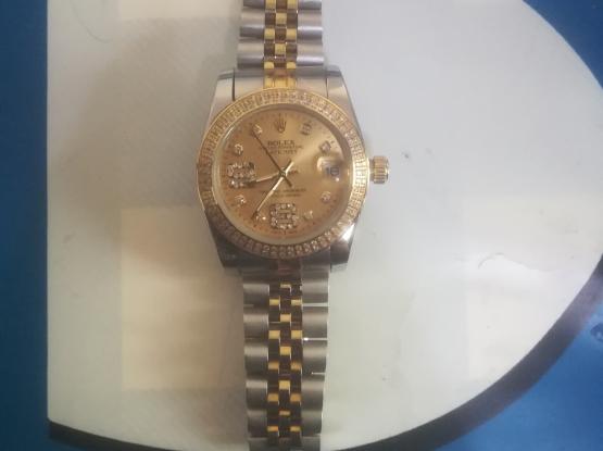 Rolex gold watch for salw