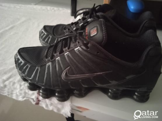 Nike shox us 9.5 eu 43