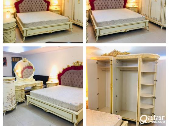 For sell king size bedroom set 200x200cm