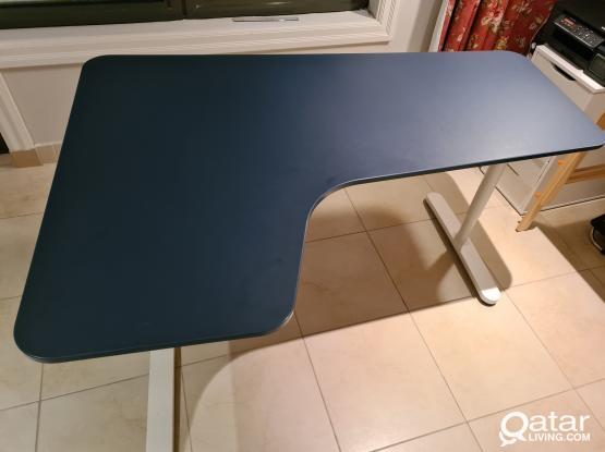 Ikea Bekant Desk - Table - like new