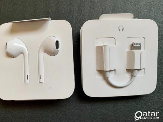Original Apple Headphone with aux