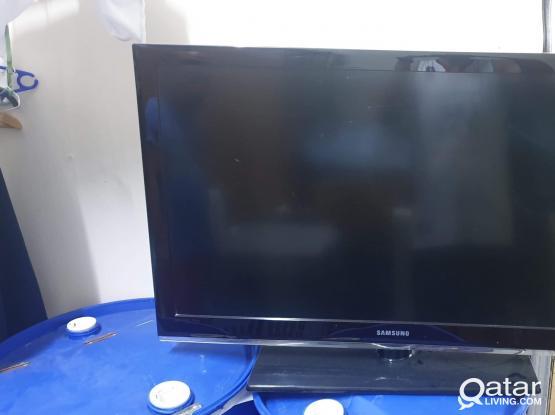 Urgent Sale! 42 inches samsung flat tv