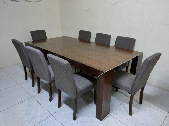 For sale dining table with 8 chairs