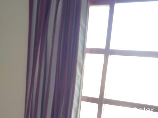 curtain (good condition)