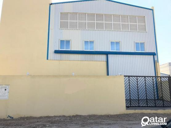 400 Sqm Garage or Store plus 10 Rooms for rent