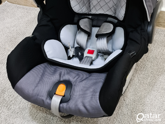 Chicco Keyfit 30 car baby seat Like new