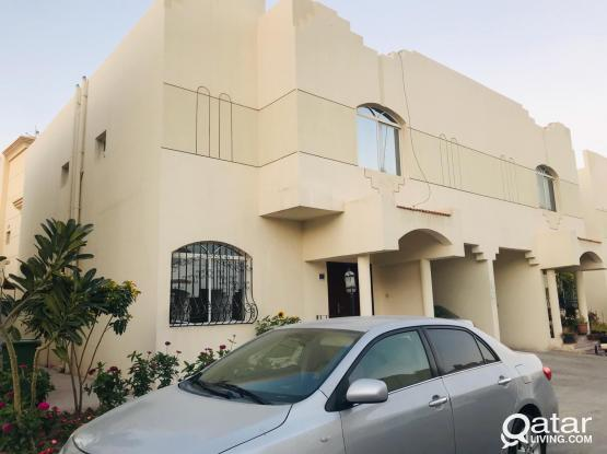 4 bhk compound villa for family at old airport near metro