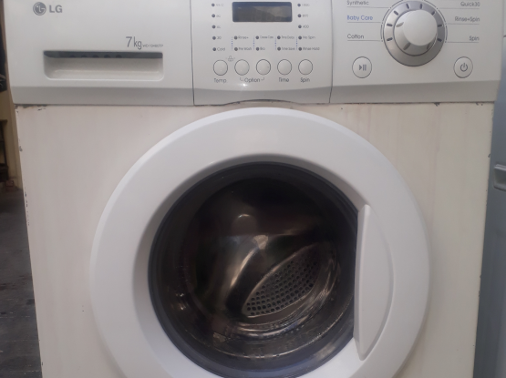 Washing maching for sale.
