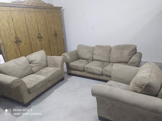 sale used furniture items very good conditions