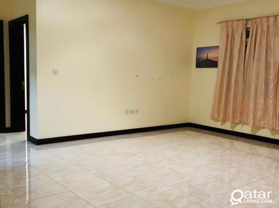 Very nice 3 bhk apartment for family in mansoura near al meera
