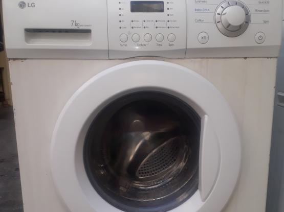 washing maching for sale...