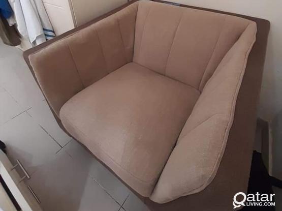 Sofa set / cupboard