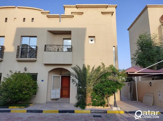 No Commission Un Furnished Very Nice 4 Bedrooms Compound Villa at Maamoura