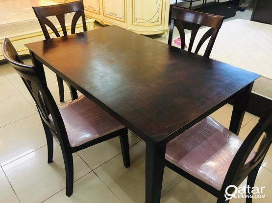 For sale 4 chair dining table
