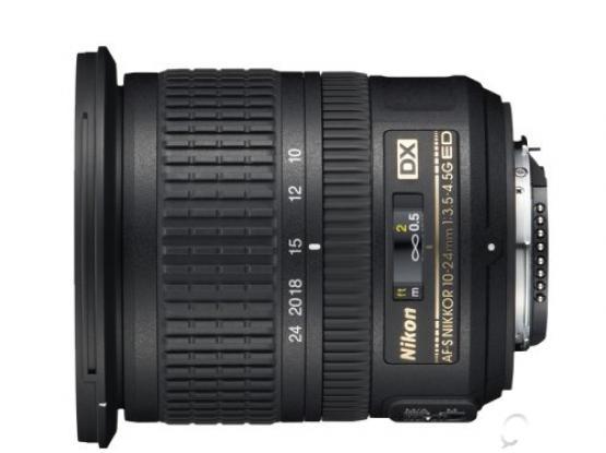 Nikon 10-24mm f/3.5-4.5G ED AF-S DX Nikkor Wide-Angle Zoom Lens for Nikon