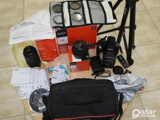 SONY DSLR with lots of Accessories!