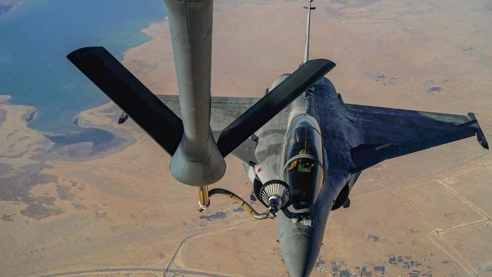 Qatar Amiri Air Force conducts aerial refueling exercise with US Air Force