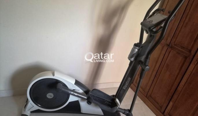 blusa Señuelo ceja  Reebok C5.1e CROSS TRAINER FOR SALE | Qatar Living