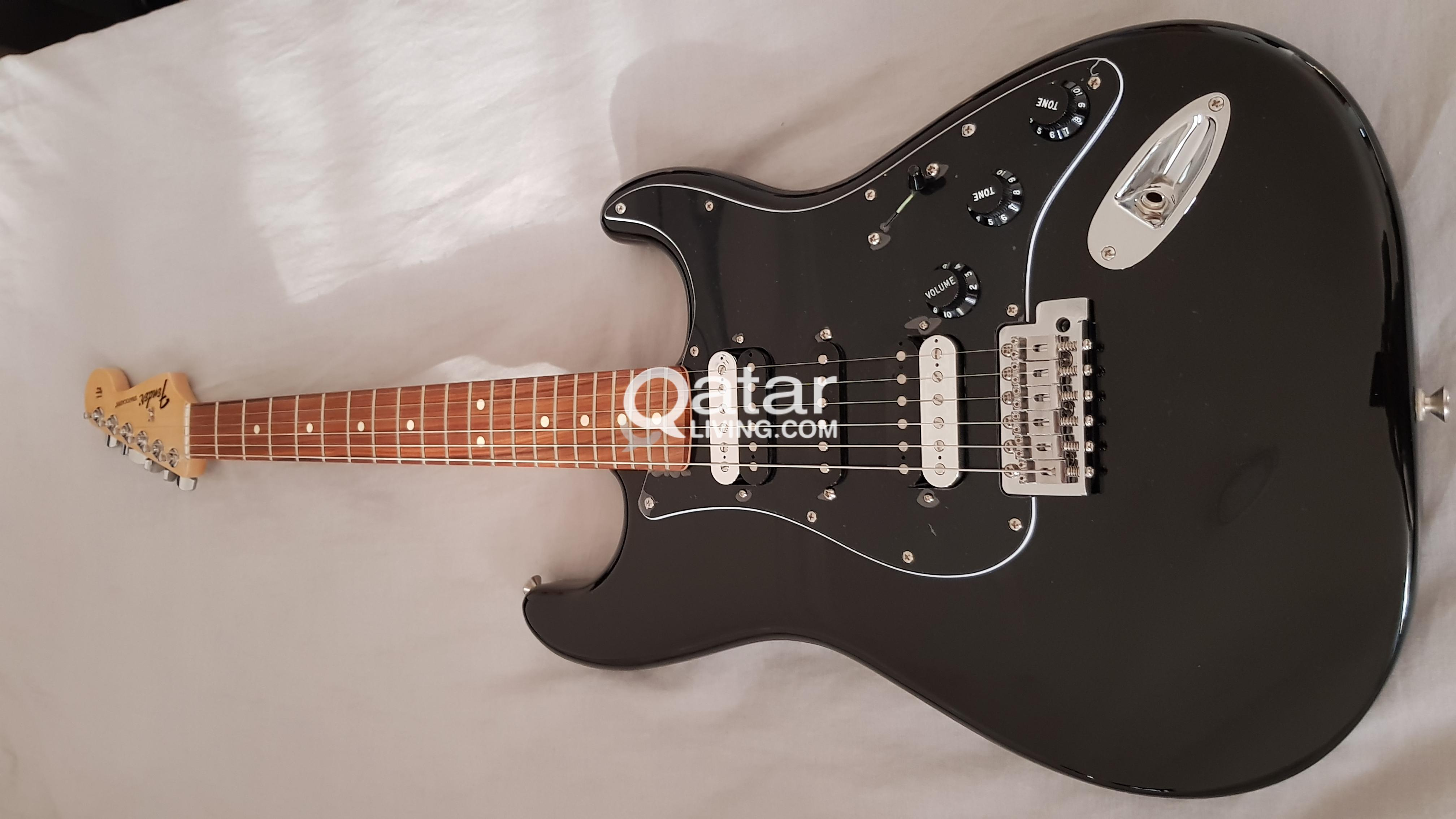 NEW Electric Guitar Fender Strato Blacktop HSH