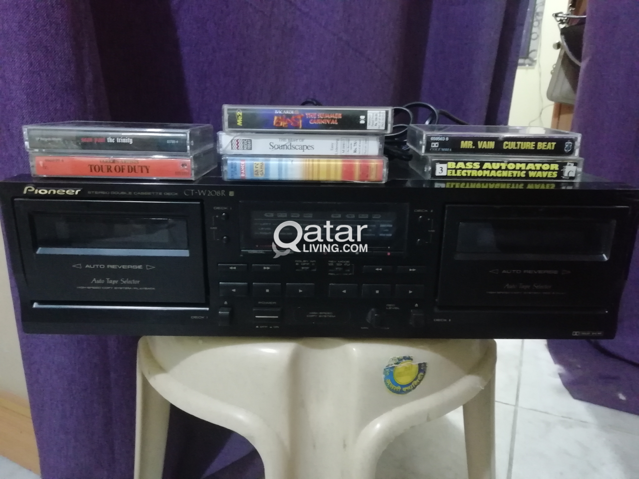 Pioneer Cassette Deck + tapes