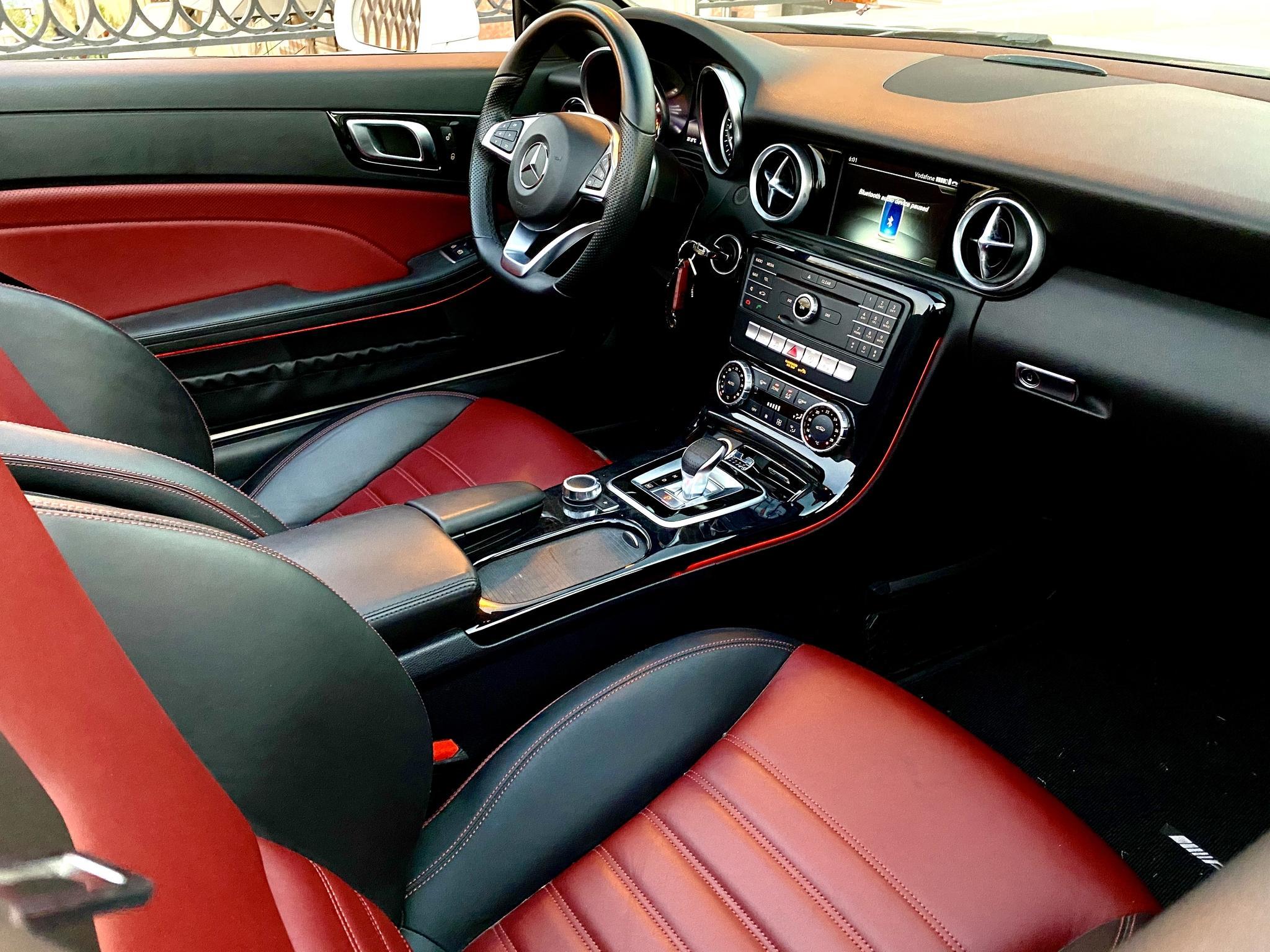 Mercedes AMG SLC 200