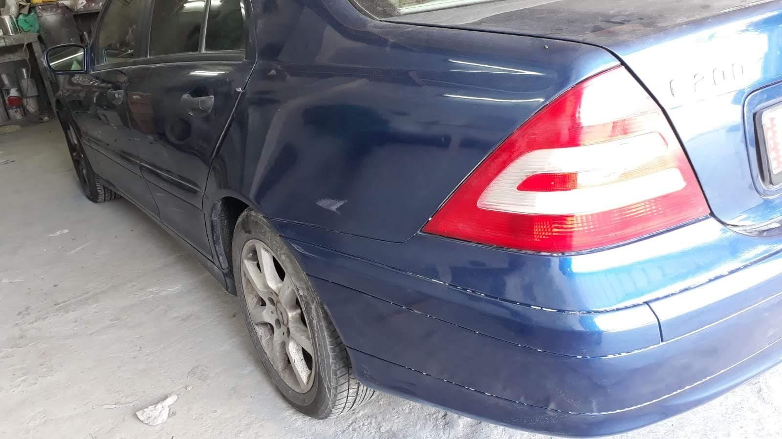 Benz C 200 in good condition