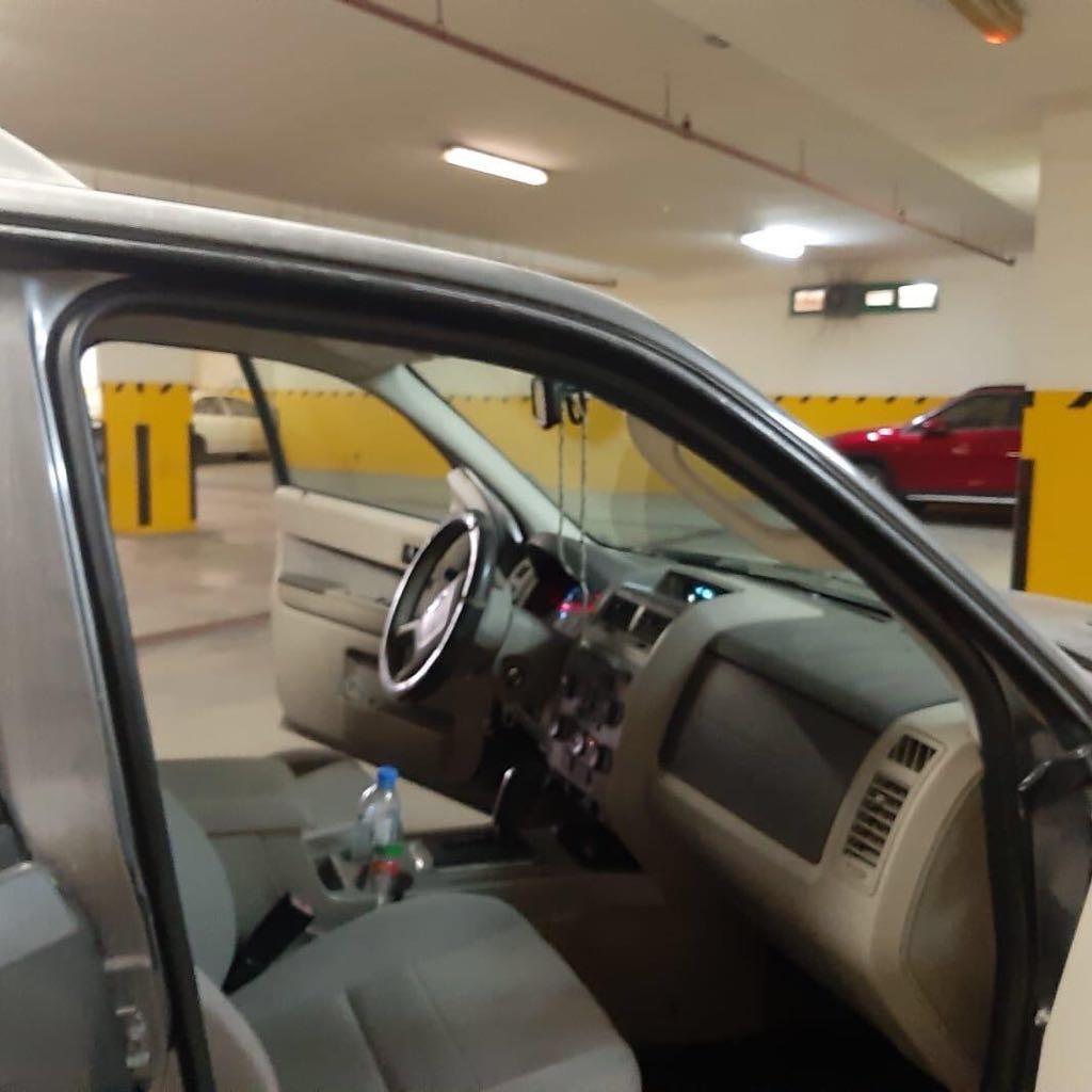 2010 ford escape needs repair