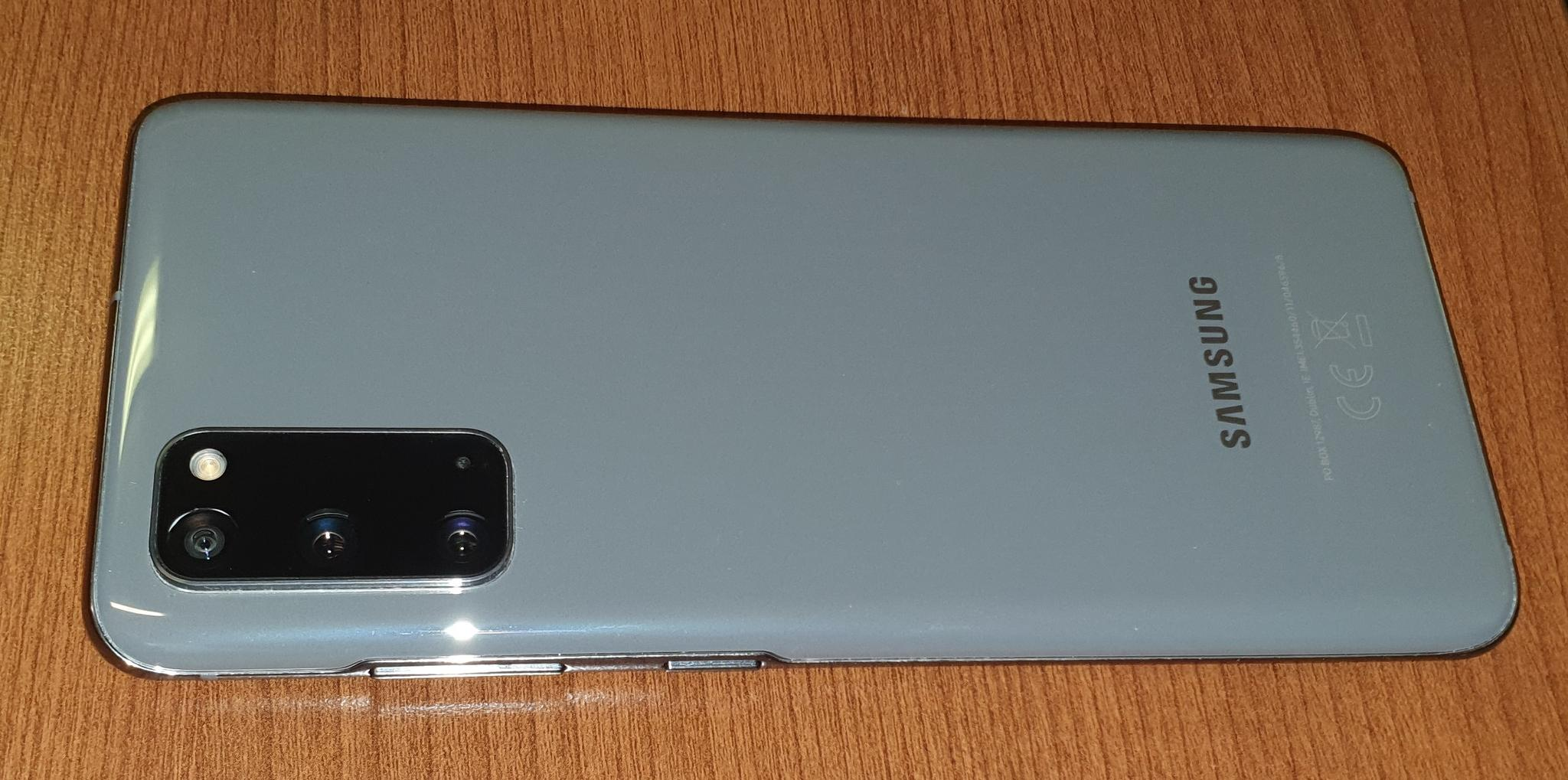 Galaxy S20 in Excellent condition