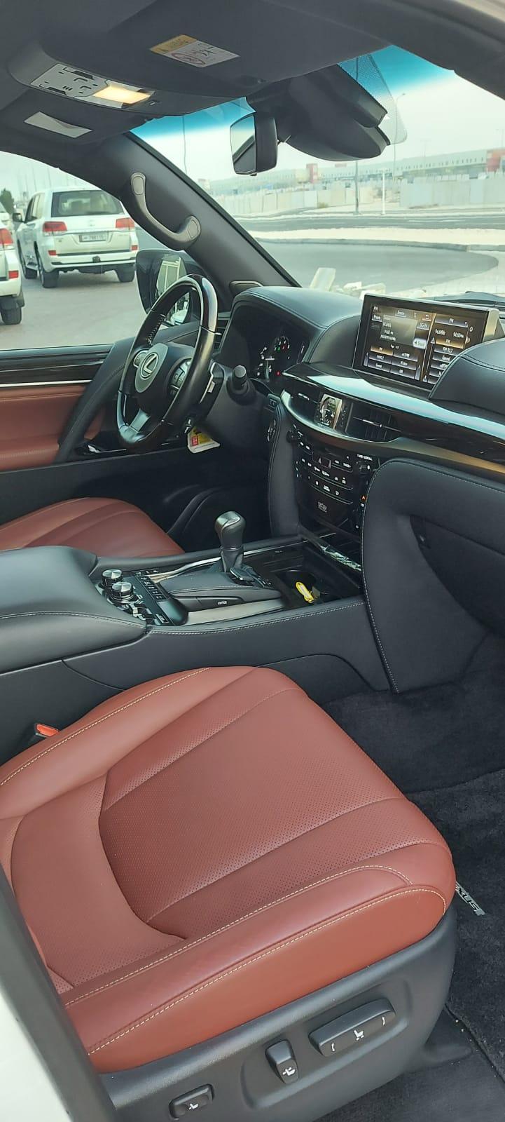 Lexus LX-570 2017