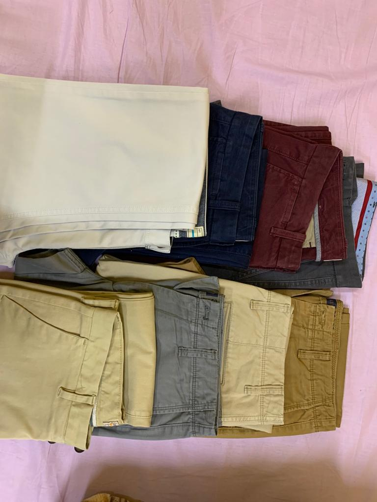 Slim Fit GAP & Next Chinos in very good Condition