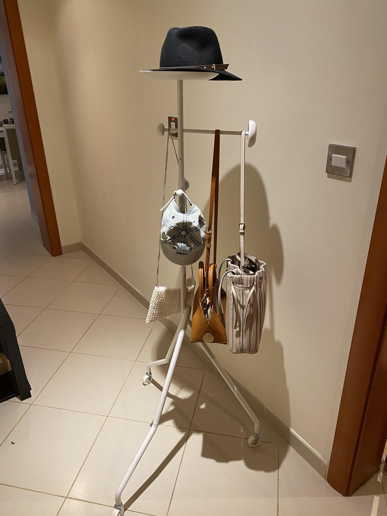 Hat and bag stand
