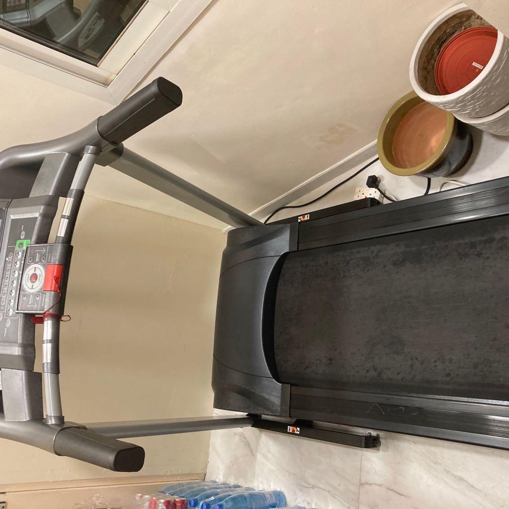 BH F5 Heavy Duty Treadmill