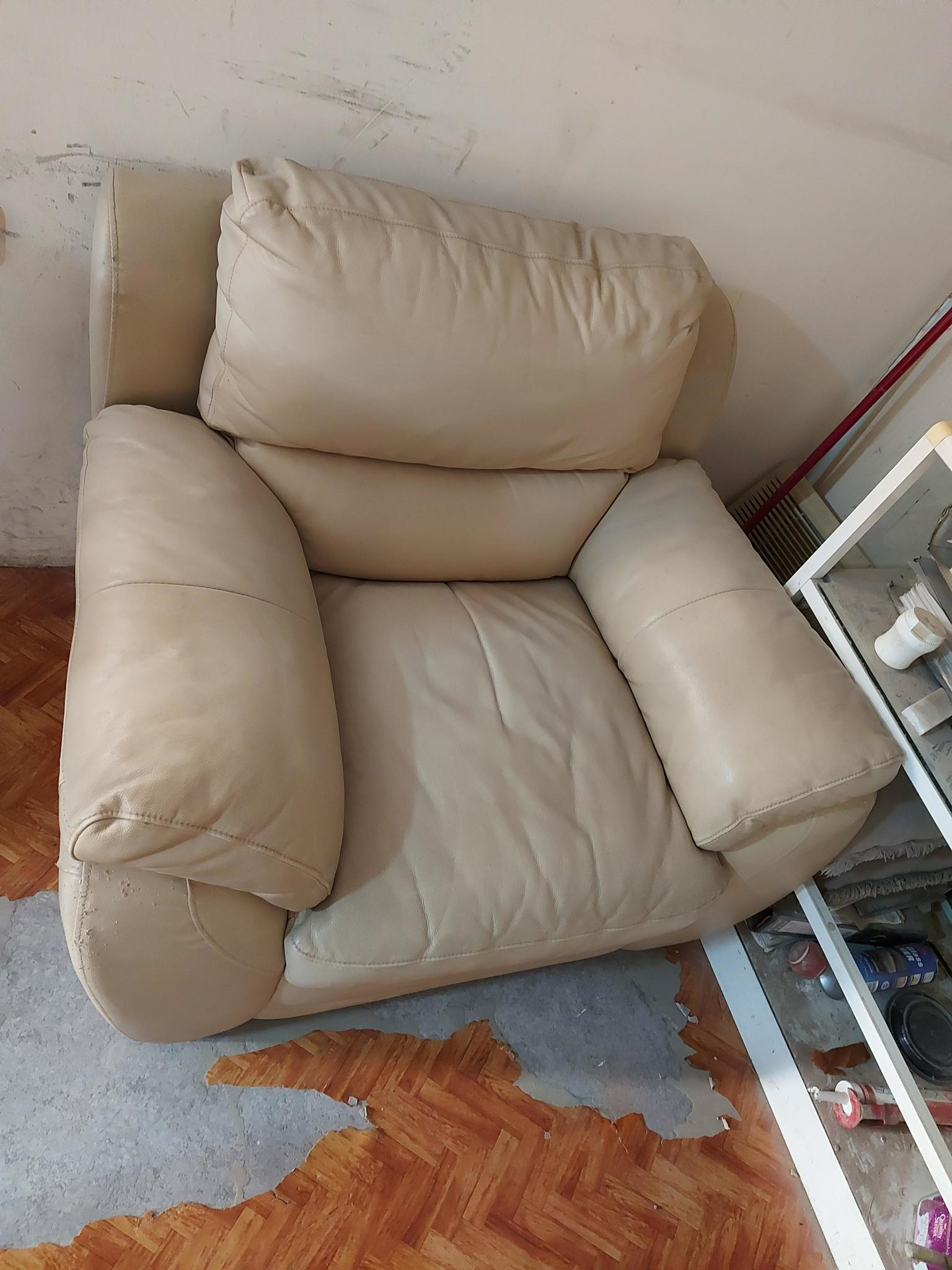 Singal lather sofa