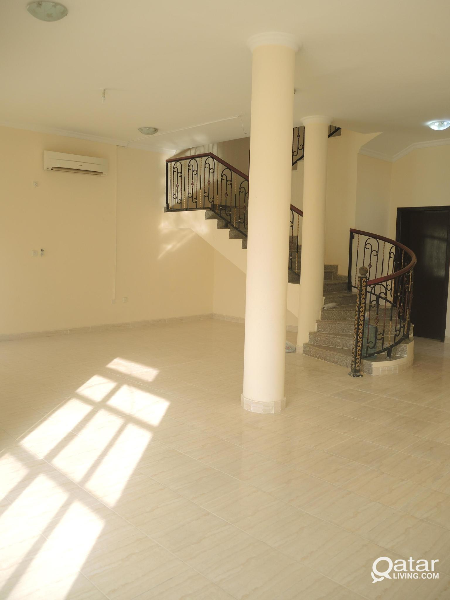 VILLA AVAILABLE FOR RENT IN AL AZIZIYA  WITH SWIM