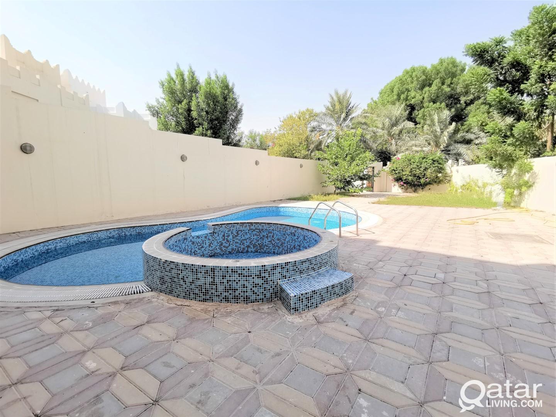 Large 5+2BR Villa + Private Pool - Lagoon