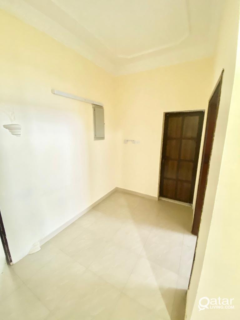 ONE BEDROOM AVAILABLE IN GHARAFA NEAR TO SIDRA HOS