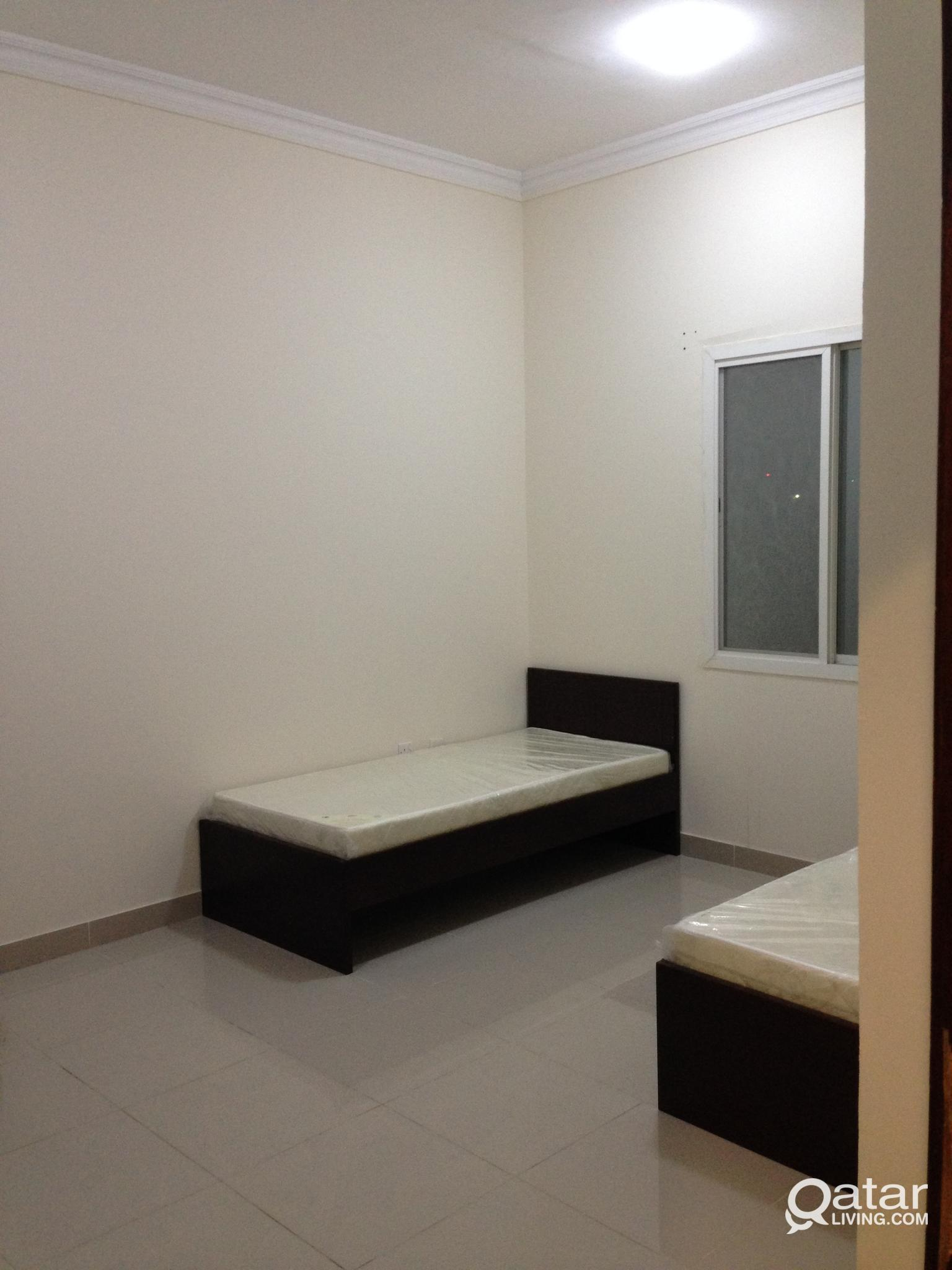 FULLY FURNISHED BED SPACE AVAILABLE IN A NEW FLAT